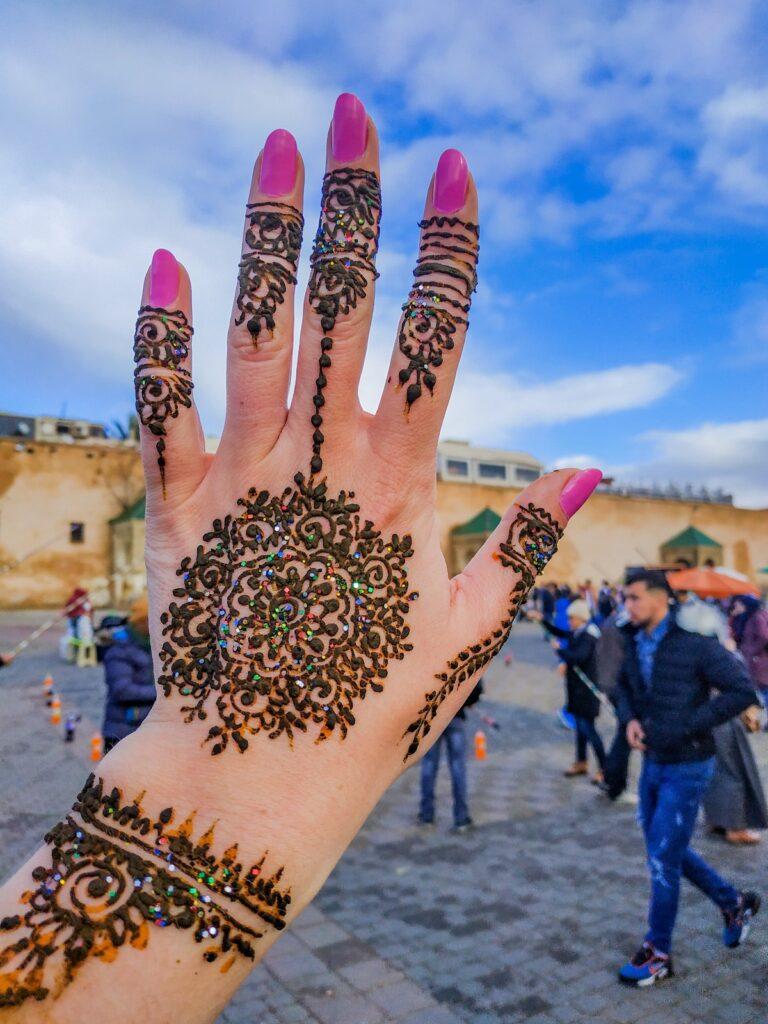 henna na dłoni meknes lahdim square