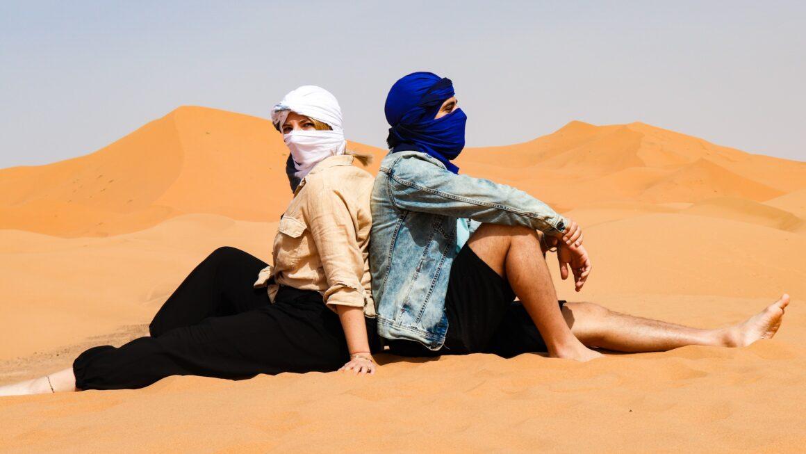 Sahara – największa gorąca pustynia na świecie. A na niej Blondynka. Dlaczego? I dlaczego było doskonale?